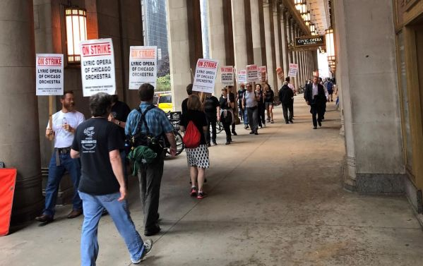 Chicago Opera Strike